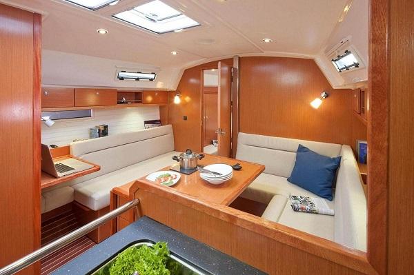 Bavaria-36cr-medsail-malta-yacht-charters-_medsail