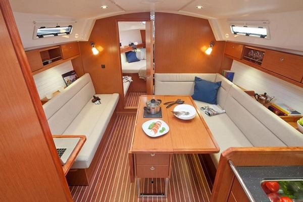 Bavaria-36cr-medsail-malta-yacht-charters-saloon-_medsail