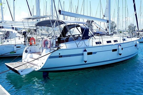 Bavaria CR45 - Moonmist - Medsail Malta Yachts Charters - Mooring