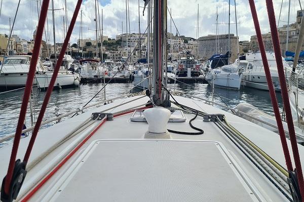 Beneteau Oceanis 43.4 - Moonspirit -Medsail Malta Yacht Charters - Deck