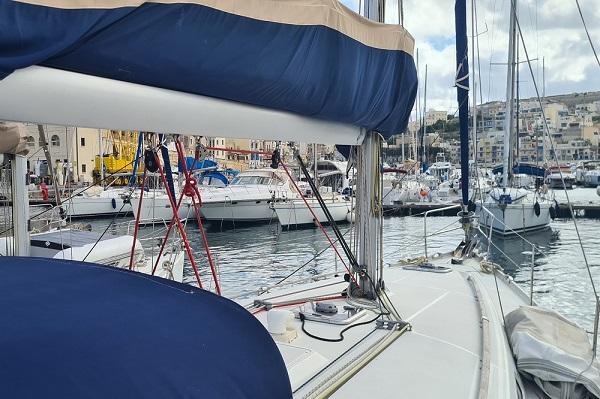 Beneteau Oceanis 43.4 - Moonspirit -Medsail Malta Yacht Charters - Kalkara Marina