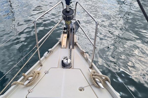 Beneteau Oceanis 43.4 - Moonspirit -Medsail Malta Yacht Charters - Windlass