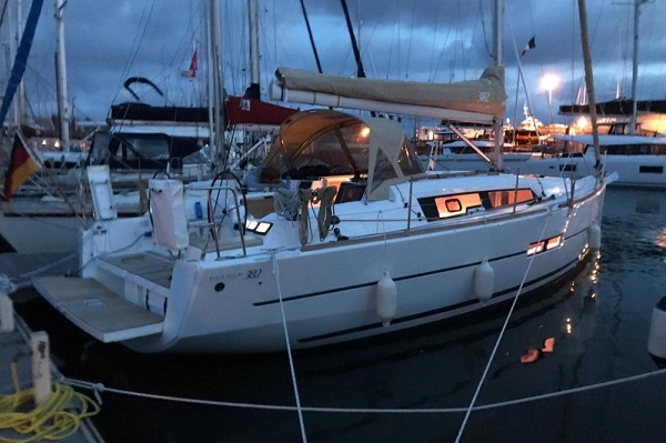 Dufour 382 - medsail - Pleasant Company Moored Up At Night Malta Charters
