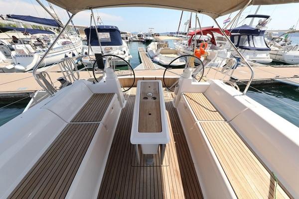 Dufour 450GL - Oscar Time - Medsail-Malta-Malta Charters - Cockpit