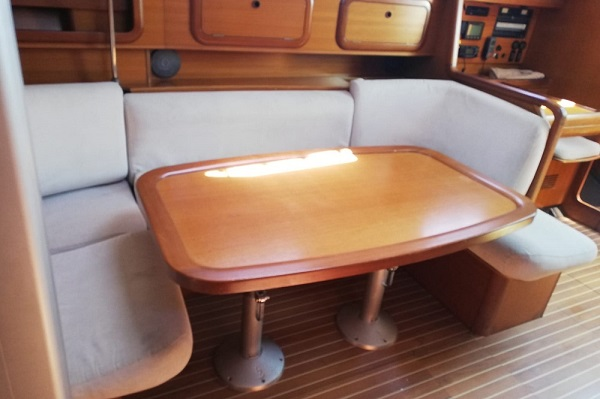 Grand Soleil 40P - Aziza -Medsail Malta Sailing Yacht Charters - Saloon